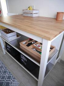 Köök 2.0: lisatööpind (algselt köögisaar) tammest töötasapinnaga.