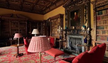 Highclere Castle. Kaader Youtube'ist