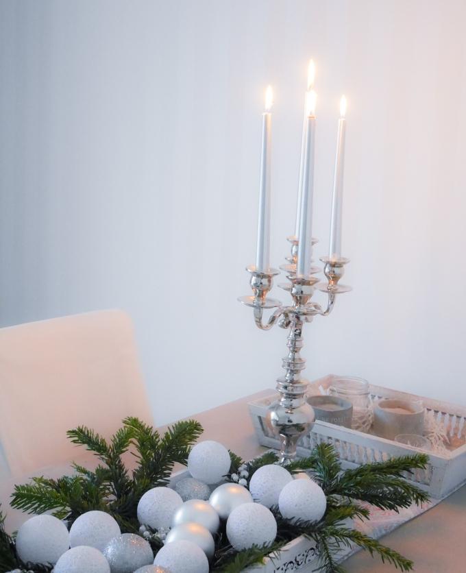 Elegantne kandelaaber Perfect Home'i jõulukollektsioonist