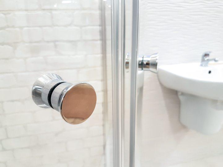 bathroom-clean-contemporary-950002